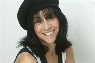 Lola Perrin