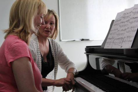 Student & teacher at Summer School for Pianists