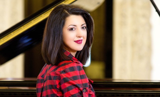 Meet the Artist……Alexandra Dariescu, pianist