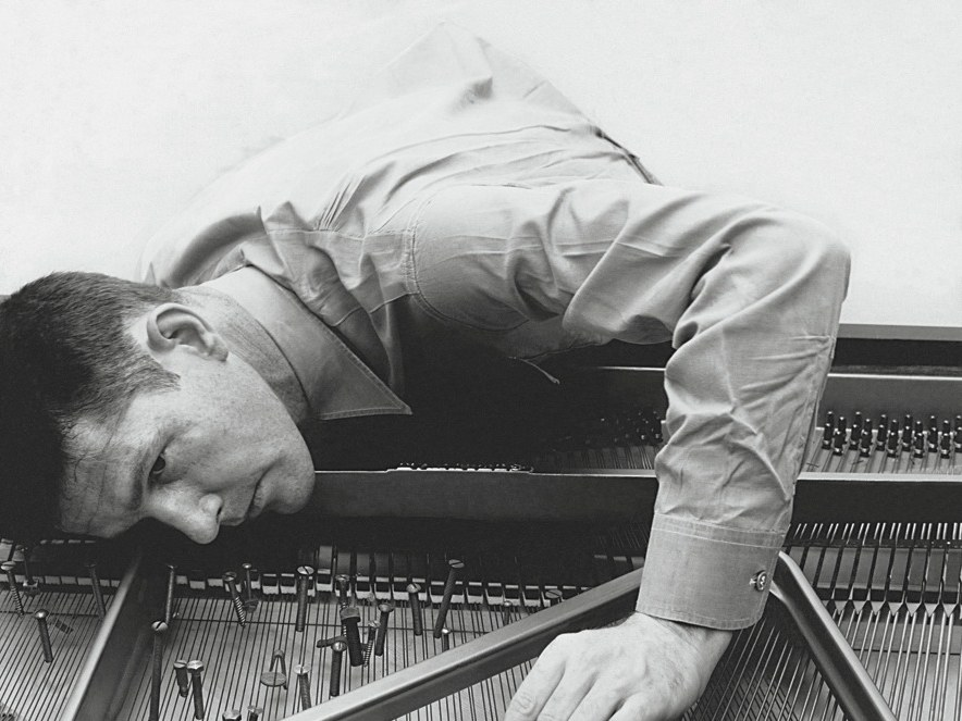 Silence, presence, and challenging conventions – thoughts on John Cage's 4'33""