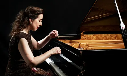Meet the Artist – Angela Hewitt, pianist